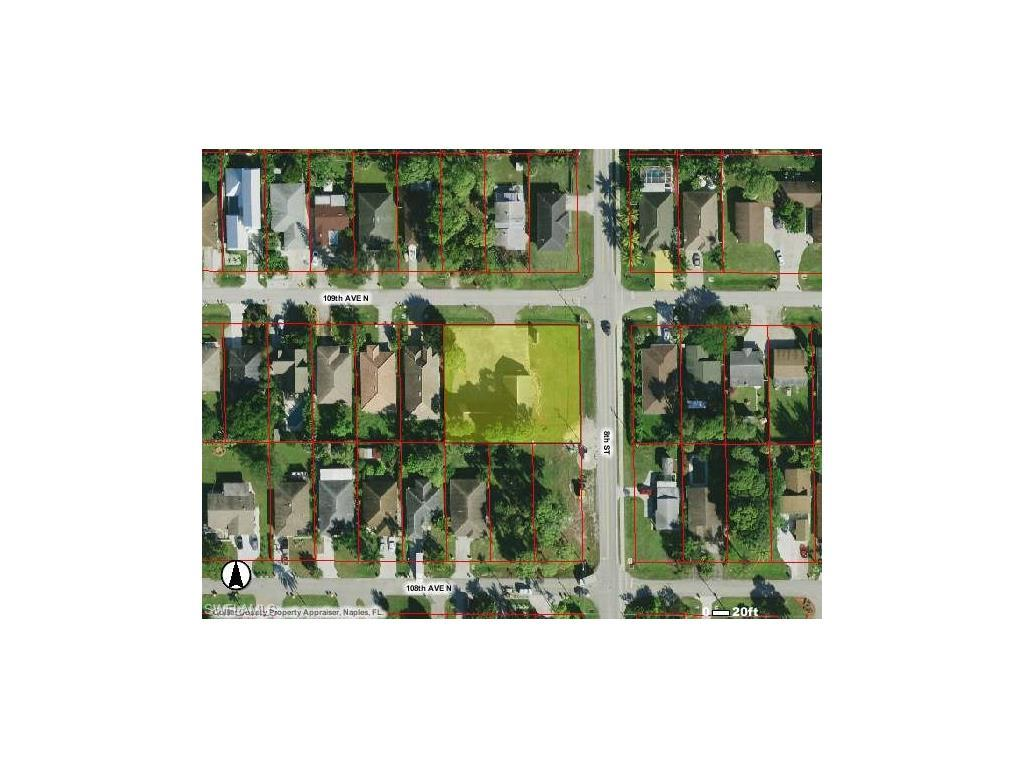 790 109th Ave N, NAPLES, FL 34108 (MLS #216039472) :: The New Home Spot, Inc.