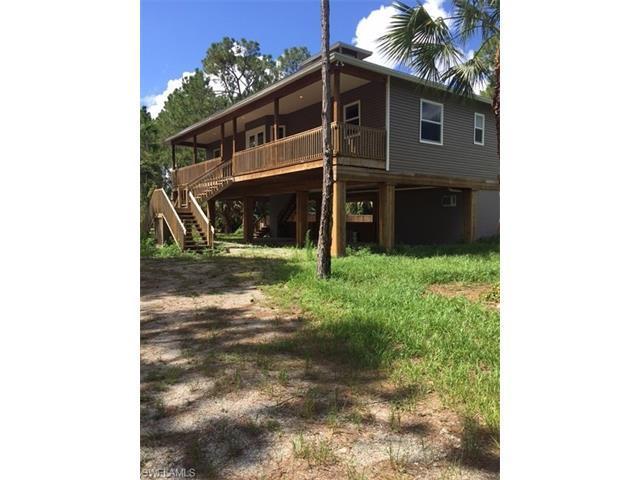 2220 Frangipani Ave, NAPLES, FL 34117 (MLS #216046622) :: The New Home Spot, Inc.