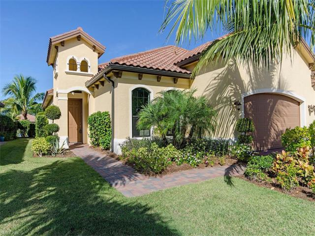 9390 Isla Bella Cir, BONITA SPRINGS, FL 34135 (MLS #216069891) :: The New Home Spot, Inc.