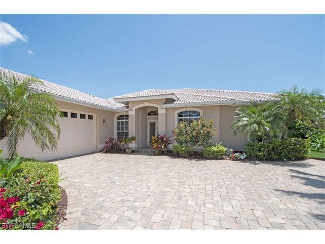 9832 Alhambra Ln, BONITA SPRINGS, FL 34135 (MLS #217036495) :: The New Home Spot, Inc.