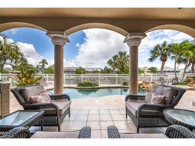18181 Old Pelican Bay Dr, FORT MYERS BEACH, FL 33931 (MLS #217041915) :: The New Home Spot, Inc.