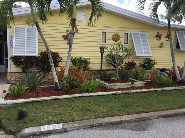 4805 Tahiti Dr, BONITA SPRINGS, FL 34134 (#217045211) :: Homes and Land Brokers, Inc