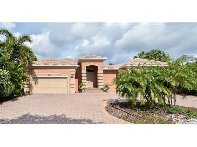 27259 High Seas Ln, BONITA SPRINGS, FL 34135 (#217046585) :: Homes and Land Brokers, Inc