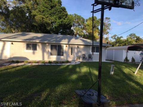 27031 Edgewood St, BONITA SPRINGS, FL 34135 (MLS #219044543) :: The Naples Beach And Homes Team/MVP Realty