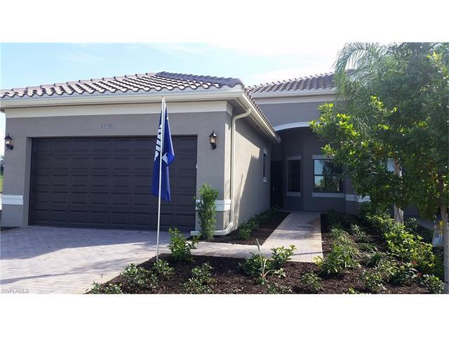 11940 Five Waters Cir, FORT MYERS, FL 33913 (MLS #216034244) :: The New Home Spot, Inc.
