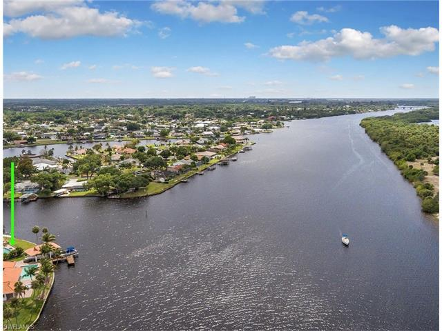 13896 River Forest Dr, FORT MYERS, FL 33905 (#217027794) :: Homes and Land Brokers, Inc