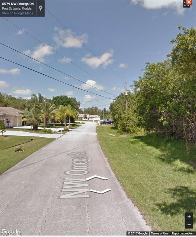 6579 NW Omega Rd, PORT ST. LUCIE, FL 34953 (MLS #217065006) :: Clausen Properties, Inc.