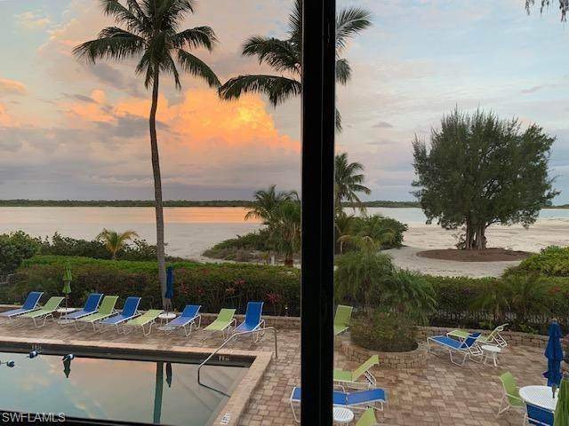 8400 Estero Blvd #105, FORT MYERS BEACH, FL 33931 (MLS #220024145) :: Eric Grainger | Engel & Volkers