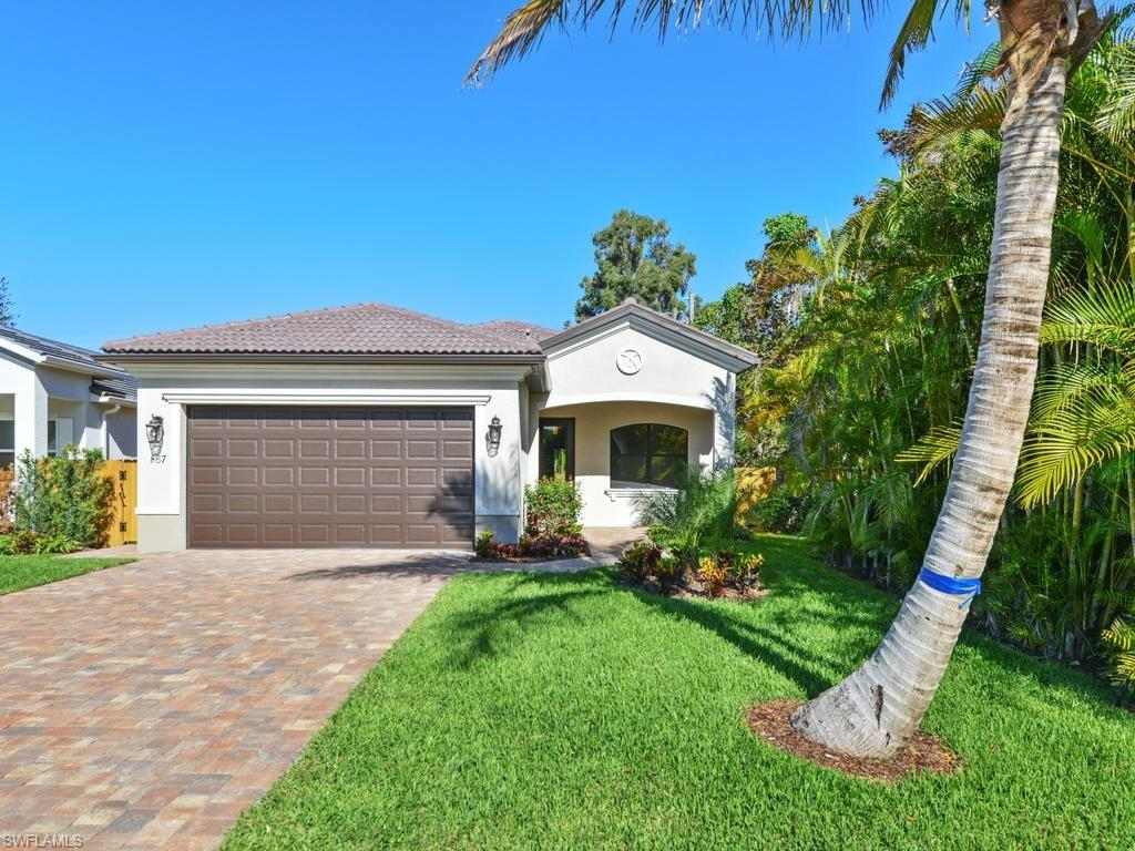 867 104th Ave N, NAPLES, FL 34108 (MLS #216061472) :: The New Home Spot, Inc.