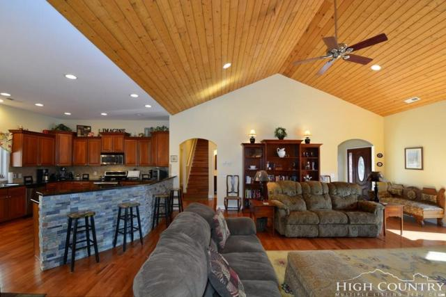 812 Highland Drive, Banner Elk, NC 28604 (MLS #206958) :: Keller Williams Realty - Exurbia Real Estate Group