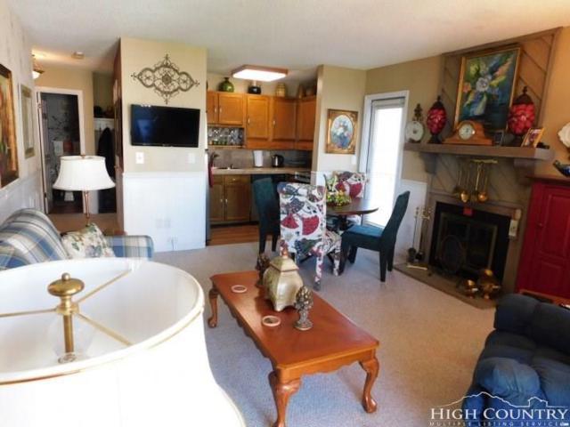301 Pinnacle Inn Road #4209, Beech Mountain, NC 28604 (MLS #209167) :: Keller Williams Realty - Exurbia Real Estate Group