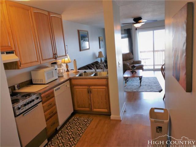 301 Pinnacle Inn Road #4111, Beech Mountain, NC 28604 (MLS #212716) :: RE/MAX Impact Realty