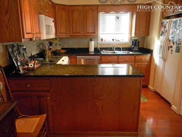 139 Trout Stream Trail Smokies 5, Blowing Rock, NC 28605 (MLS #217260) :: RE/MAX Impact Realty