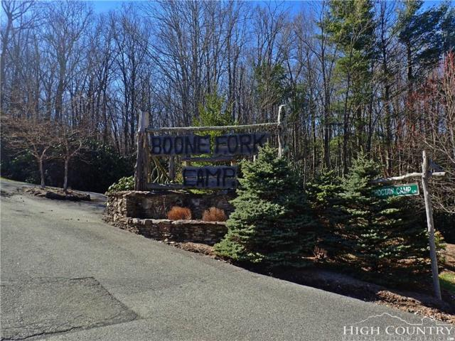 Lot 16 Chickasaw Trail, Blowing Rock, NC 28605 (MLS #205704) :: Keller Williams Realty - Exurbia Real Estate Group