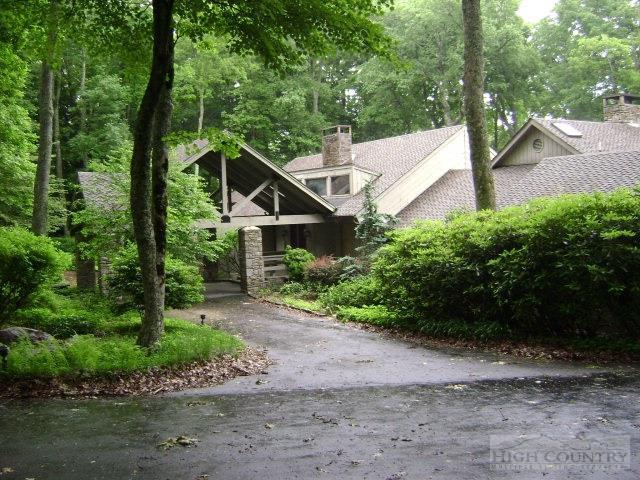 206 Dam Trail #2, Linville, NC 28646 (MLS #193978) :: Keller Williams Realty - Exurbia Real Estate Group