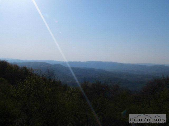 Lot P-5 Point Lookout Lane, Independence, VA 24348 (MLS #195377) :: Keller Williams Realty - Exurbia Real Estate Group