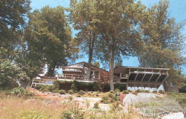 331 Ridge Road, Roaring Gap, NC 28668 (MLS #200418) :: Keller Williams Realty - Exurbia Real Estate Group