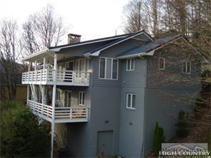 830 Hemlock Drive, Newland, NC 28657 (MLS #200677) :: Keller Williams Realty - Exurbia Real Estate Group