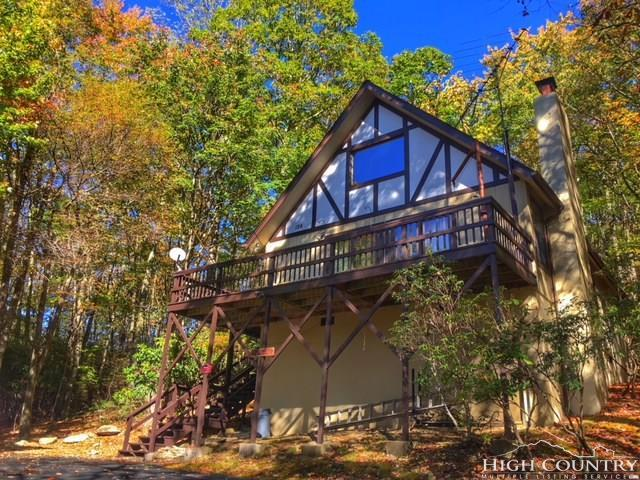124 Cherry Gap Road, Beech Mountain, NC 28604 (MLS #204123) :: Keller Williams Realty - Exurbia Real Estate Group