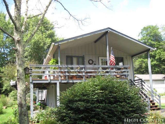 45 Meadow Loop, Newland, NC 28657 (MLS #206018) :: Keller Williams Realty - Exurbia Real Estate Group
