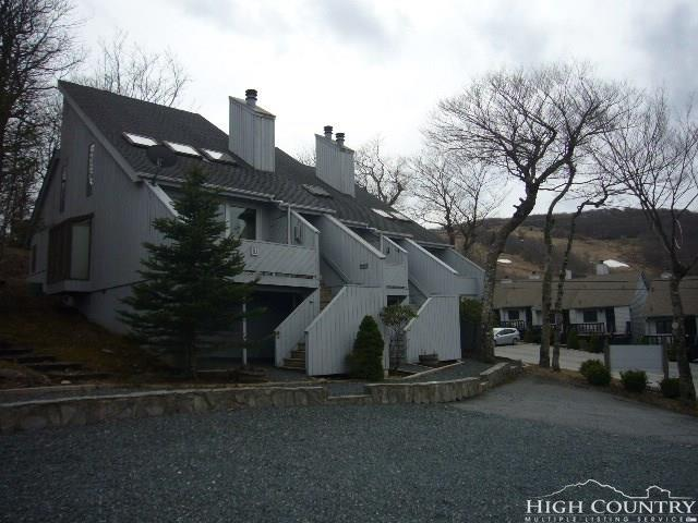 100 Wedling Weg Road #3, Beech Mountain, NC 28604 (MLS #206559) :: Keller Williams Realty - Exurbia Real Estate Group