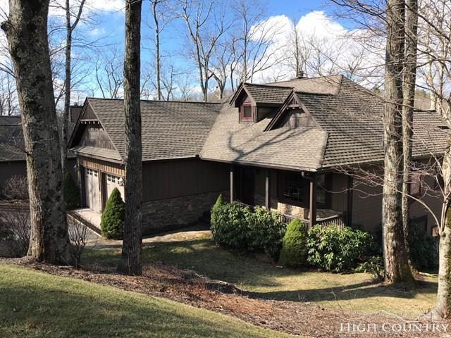 127 Fox Den Loop, Linville, NC 28646 (MLS #207291) :: Keller Williams Realty - Exurbia Real Estate Group