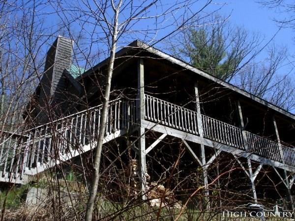 500 Apple Cove Road Road, Banner Elk, NC 28604 (MLS #207745) :: Keller Williams Realty - Exurbia Real Estate Group