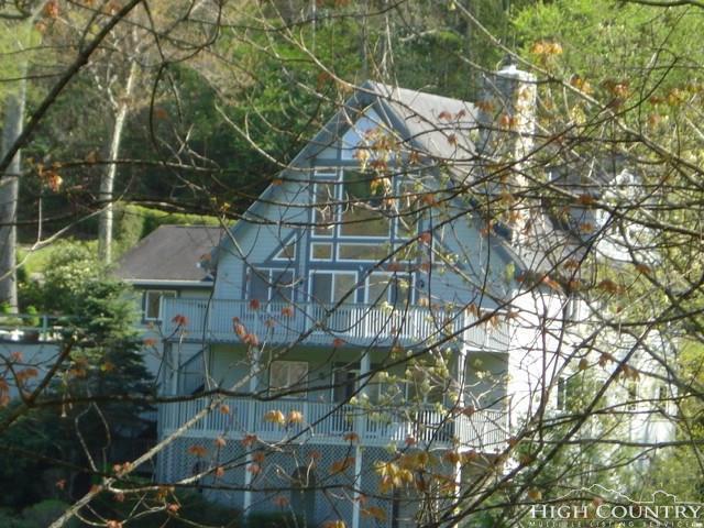 888 Hemlock Drive, Newland, NC 28657 (MLS #207986) :: Keller Williams Realty - Exurbia Real Estate Group