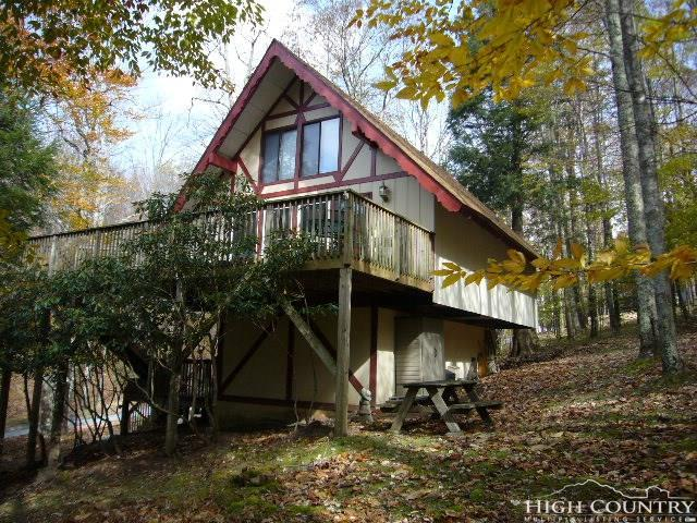 186 Hornbeam Road, Beech Mountain, NC 28604 (MLS #211315) :: Keller Williams Realty - Exurbia Real Estate Group