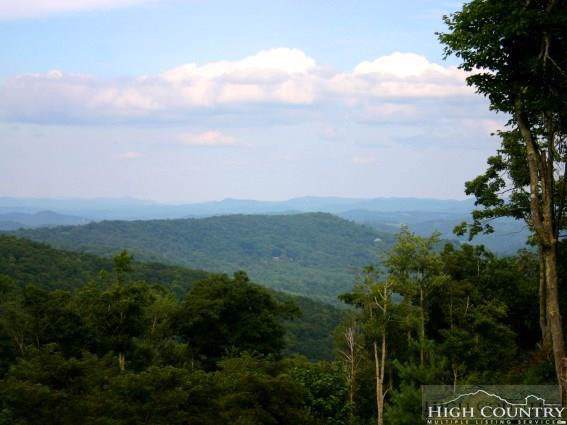 Lot 36 Adirondack Drive, Boone, NC 28607 (#212354) :: Mossy Oak Properties Land and Luxury