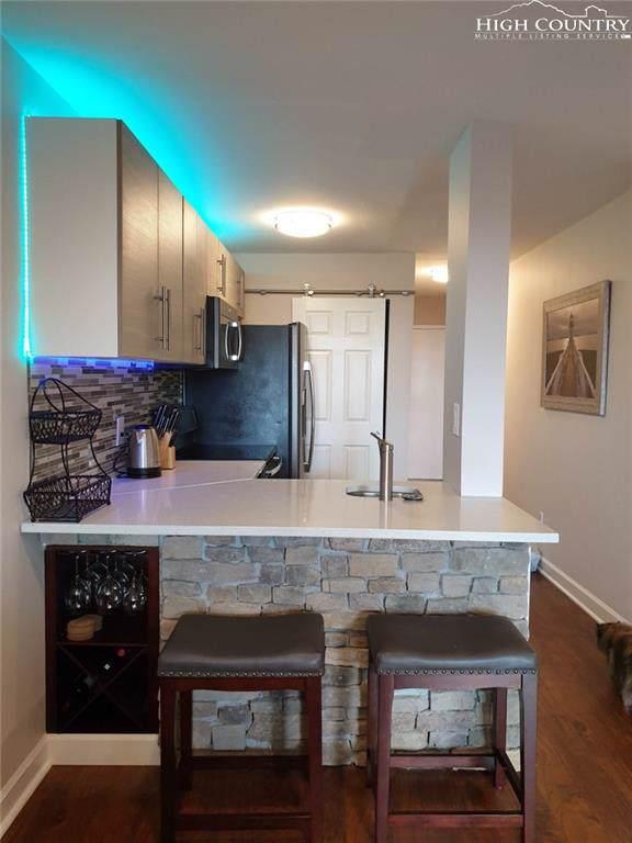 301 Pinnacle Inn Road #4110, Beech Mountain, NC 28604 (MLS #216556) :: RE/MAX Impact Realty