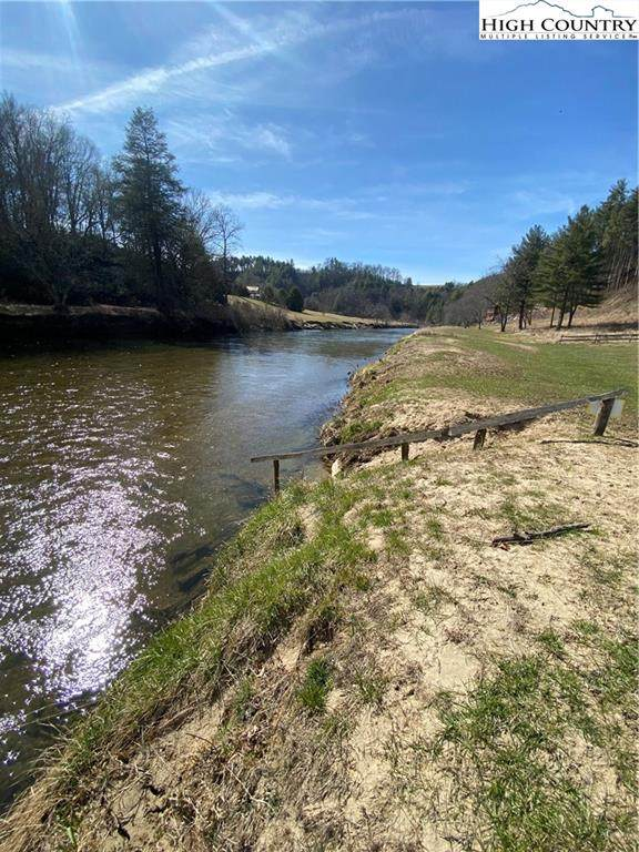 Lot 12 None Shore, West Jefferson, NC 28694 (#221064) :: Mossy Oak Properties Land and Luxury