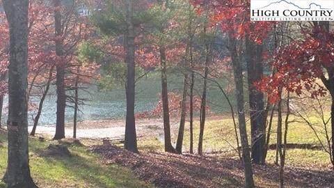 502/503 Woodland Drive, West Jefferson, NC 28694 (#227220) :: Mossy Oak Properties Land and Luxury