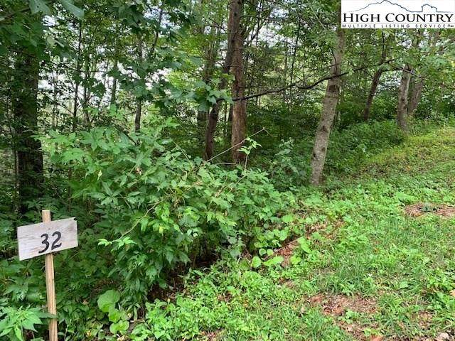 32 Cub Court, Linville, NC 28646 (#228253) :: Mossy Oak Properties Land and Luxury