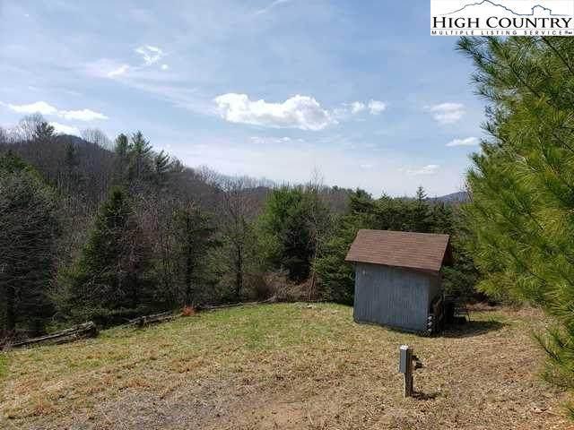 TBD Howard Covington Road, Laurel Springs, NC 28644 (#229568) :: Mossy Oak Properties Land and Luxury