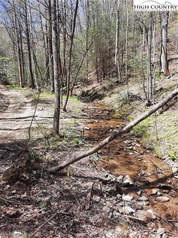 Lot 25 Lost Ridge Road, Lenoir, NC 28645 (MLS #229700) :: RE/MAX Impact Realty