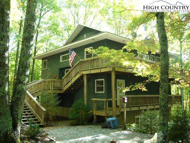 105 Spicewood Lane, Beech Mountain, NC 28604 (#233761) :: Mossy Oak Properties Land and Luxury