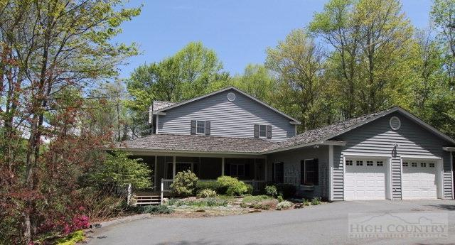 154 High Ridge Lane, Blowing Rock, NC 28605 (MLS #39206598) :: Keller Williams Realty - Exurbia Real Estate Group