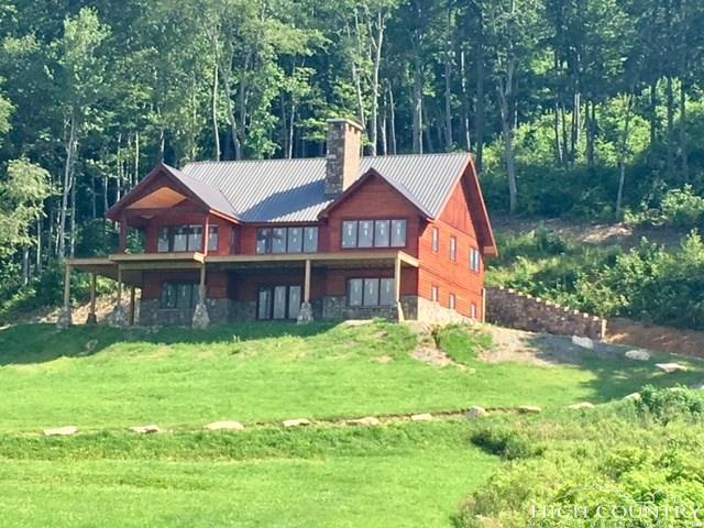 980 Eagles Nest Trail, Banner Elk, NC 28604 (MLS #204778) :: Keller Williams Realty - Exurbia Real Estate Group
