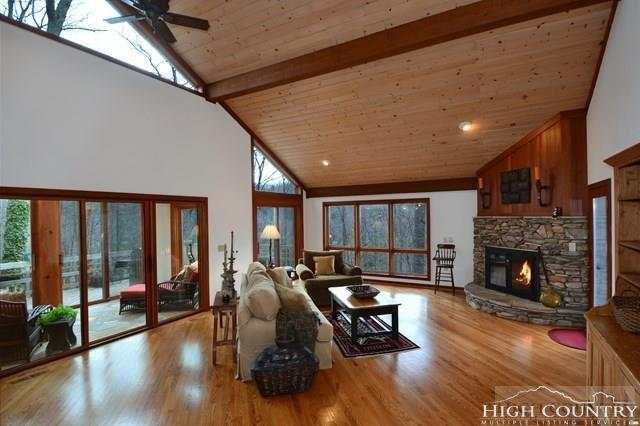 215 Dogwood Trail, Banner Elk, NC 28604 (MLS #205731) :: Keller Williams Realty - Exurbia Real Estate Group