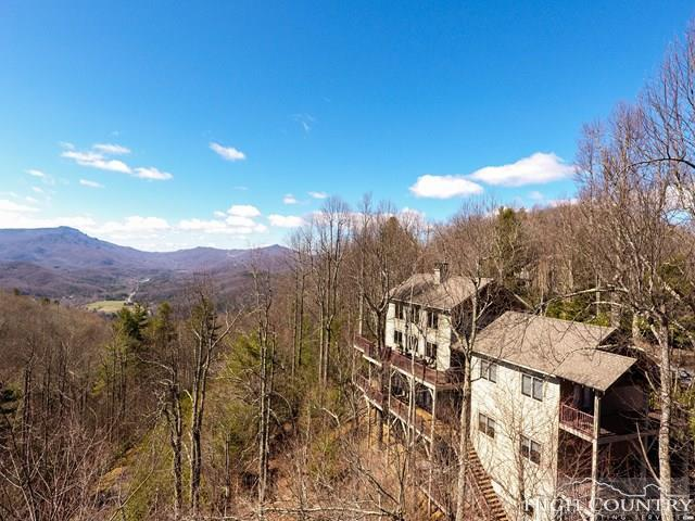 187 Hialeah Lane, Boone, NC 28607 (MLS #208183) :: Keller Williams Realty - Exurbia Real Estate Group