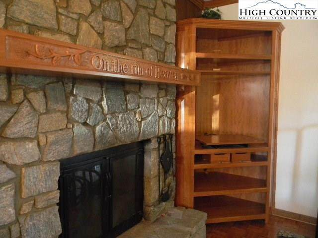 289 Evergreen Drive Holly 1, Blowing Rock, NC 28605 (MLS #220388) :: RE/MAX Impact Realty