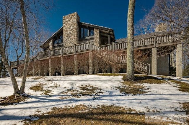 700 Tyneloch Drive, Banner Elk, NC 28604 (MLS #39206489) :: Keller Williams Realty - Exurbia Real Estate Group