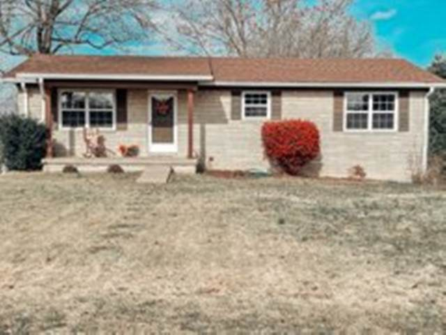 331 Southwest Circle, Scottsville, KY 42164 (MLS #20204706) :: Reesy Real Estate Team | Keller Williams First Choice Realty