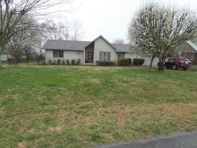 302 Birdie Circle, Russellville, KY 42276 (#20201004) :: The Price Group