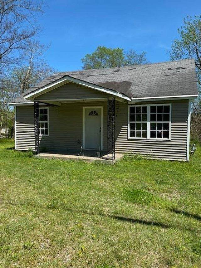 960 Highland Lick Road, Russellville, KY 42276 (#20201725) :: The Price Group