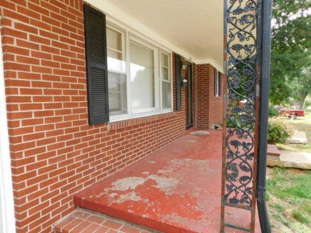 705 Phillips Street, Franklin City, KY 42134 (MLS #20213327) :: Reesy Real Estate Team | Keller Williams First Choice Realty
