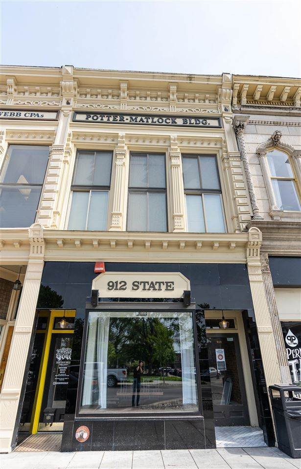 912 State Street - Photo 1