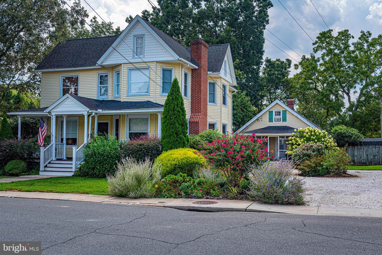 105 Washington Street - Photo 1