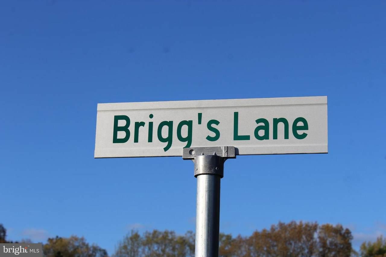 Briggs Lane - Photo 1